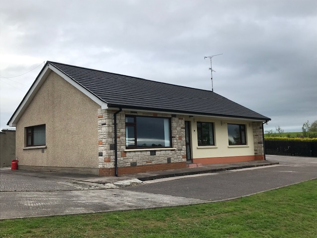 3 Bedroom Bungalow & Outbuildings – 14, Longhill Road, Dromore