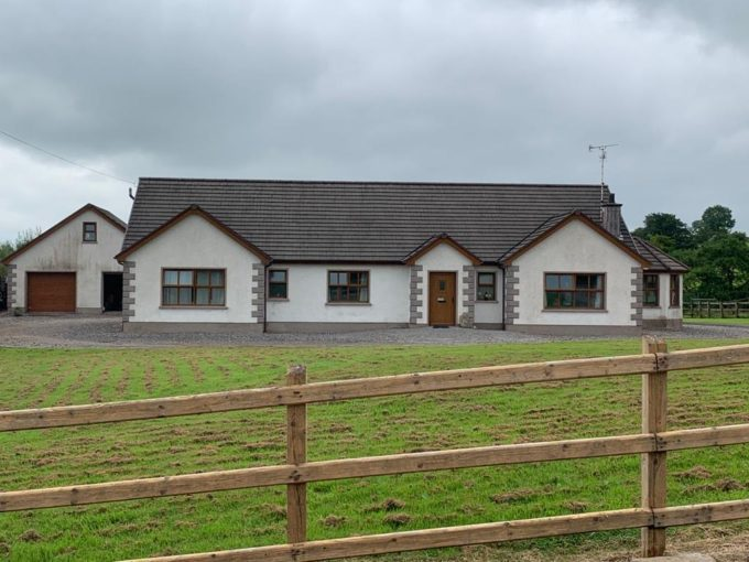 6 Bedroom Detached House – 240A Tattymoyle Road, Fintona
