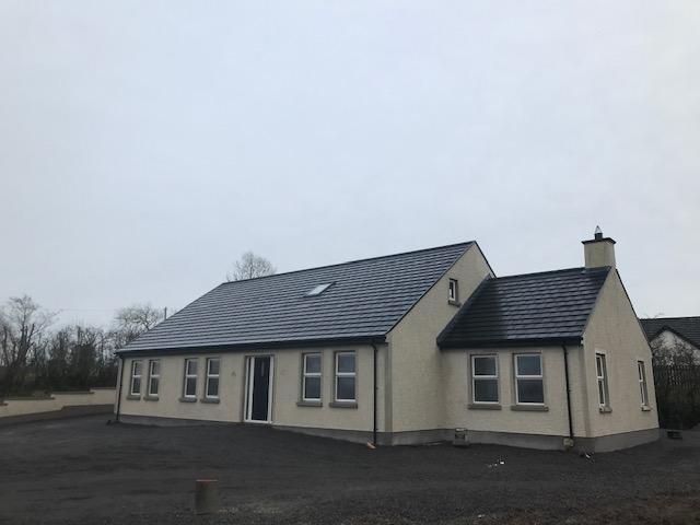 3-5 Bedroom Bungalow – Rahony Road, Fintona, Co. Tyrone, BT78 2LD